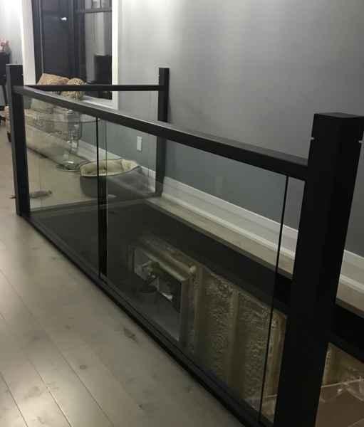 Glass partition handrail mississuaga