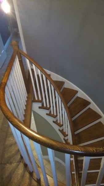 pie shaped curve staircase oakville